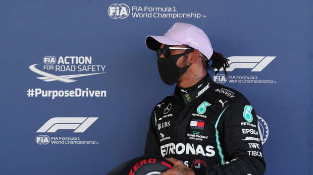 Квалификацию Гран-при Испании выиграл Хэмилтон