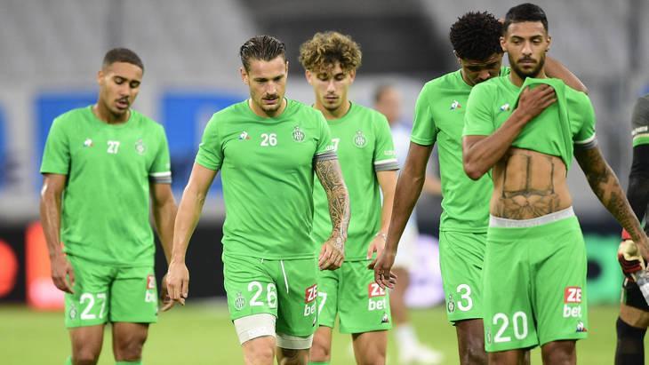 Сент-Этьен обыгрывает Марсель и выходит в лидеры Лиги 1
